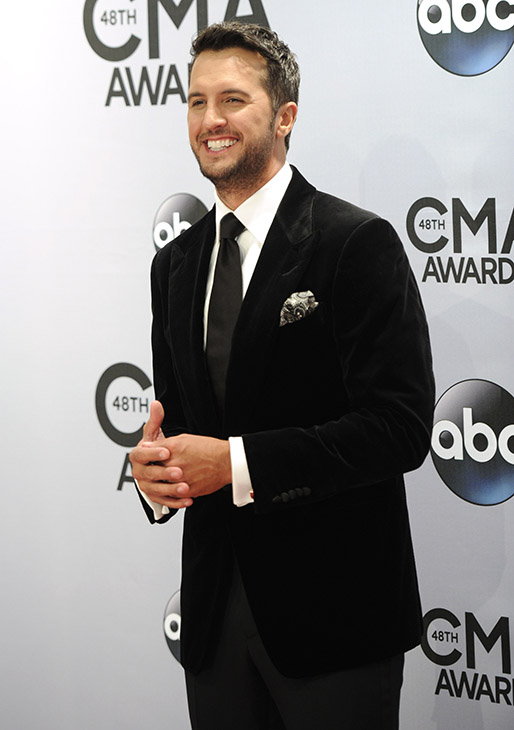 "<div class=""meta image-caption""><div class=""origin-logo origin-image ""><span></span></div><span class=""caption-text"">Entertainer of the Year: Luke Bryan (AP)</span></div>"