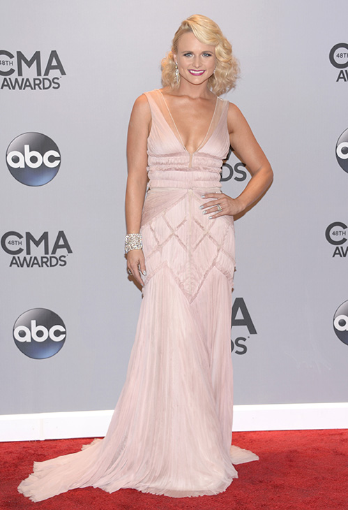 "<div class=""meta image-caption""><div class=""origin-logo origin-image ""><span></span></div><span class=""caption-text"">Female Vocalist of the Year -- Miranda Lambert (AP)</span></div>"