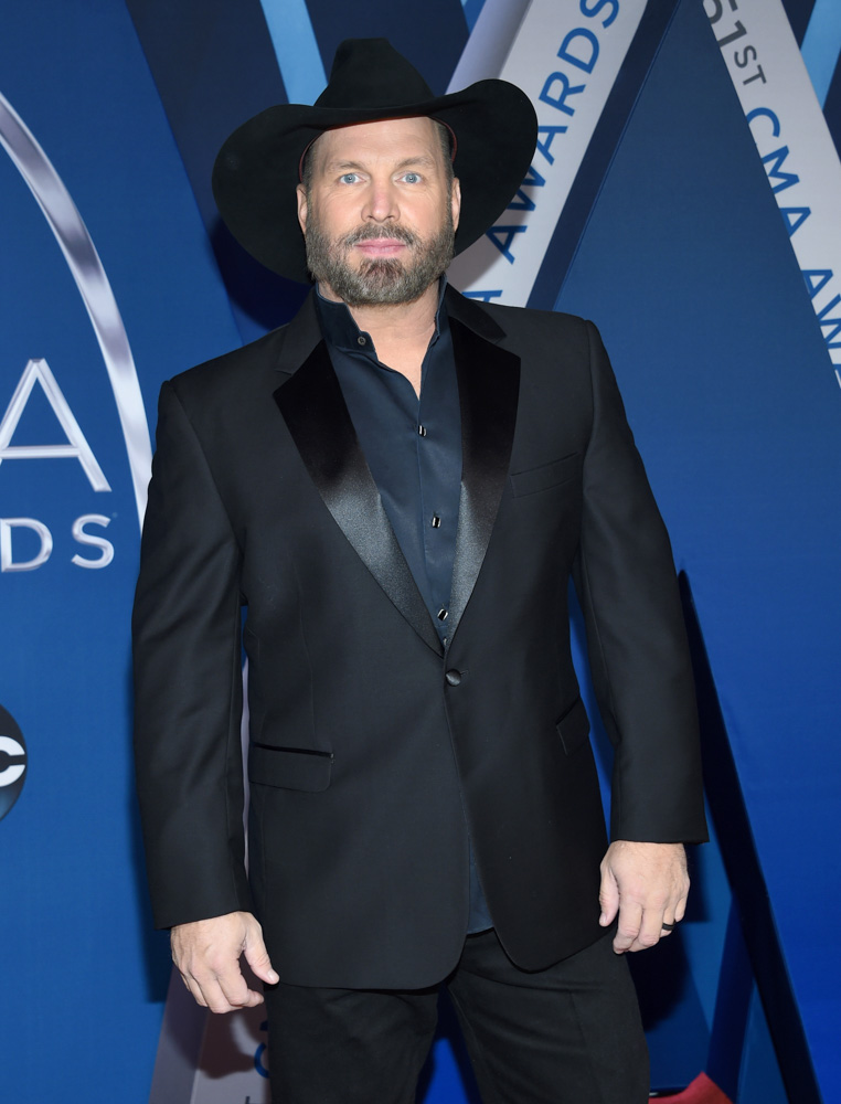 "<div class=""meta image-caption""><div class=""origin-logo origin-image none""><span>none</span></div><span class=""caption-text"">Garth Brooks arrives at the 51st annual CMA Awards on Wednesday, Nov. 8, 2017, in Nashville, Tenn. (Evan Agostini/Invision/AP)</span></div>"