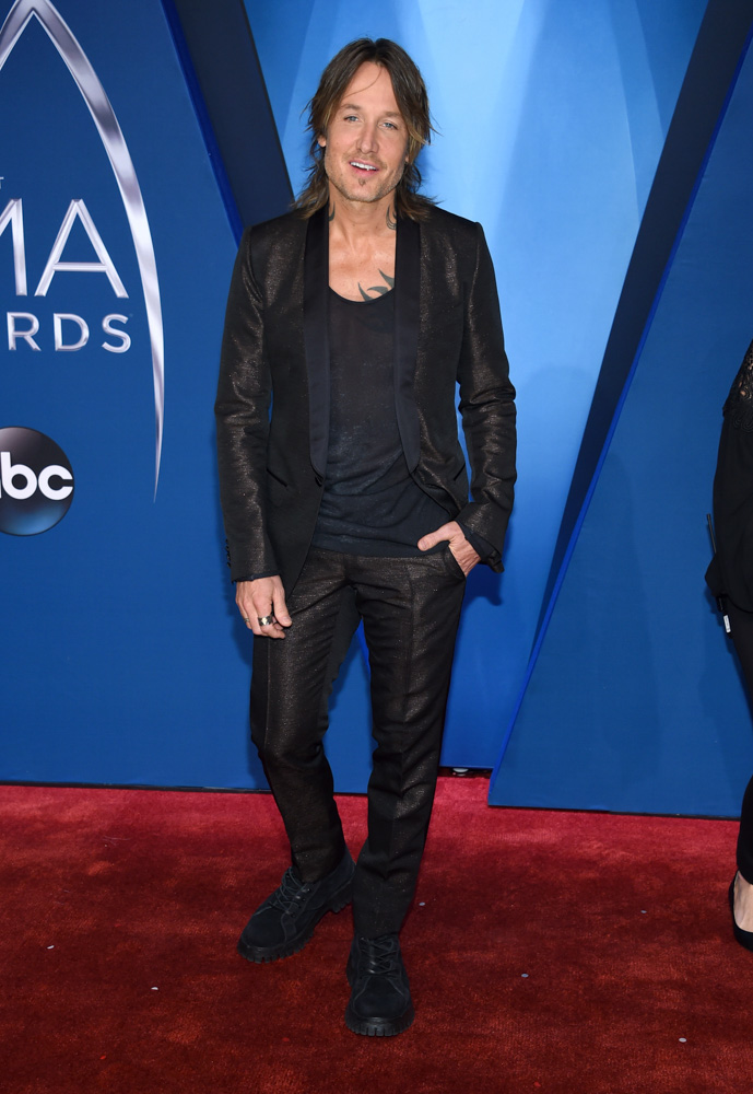 "<div class=""meta image-caption""><div class=""origin-logo origin-image none""><span>none</span></div><span class=""caption-text"">Keith Urban arrives at the 51st annual CMA Awards on Wednesday, Nov. 8, 2017, in Nashville, Tenn. (Evan Agostini/Invision/AP)</span></div>"