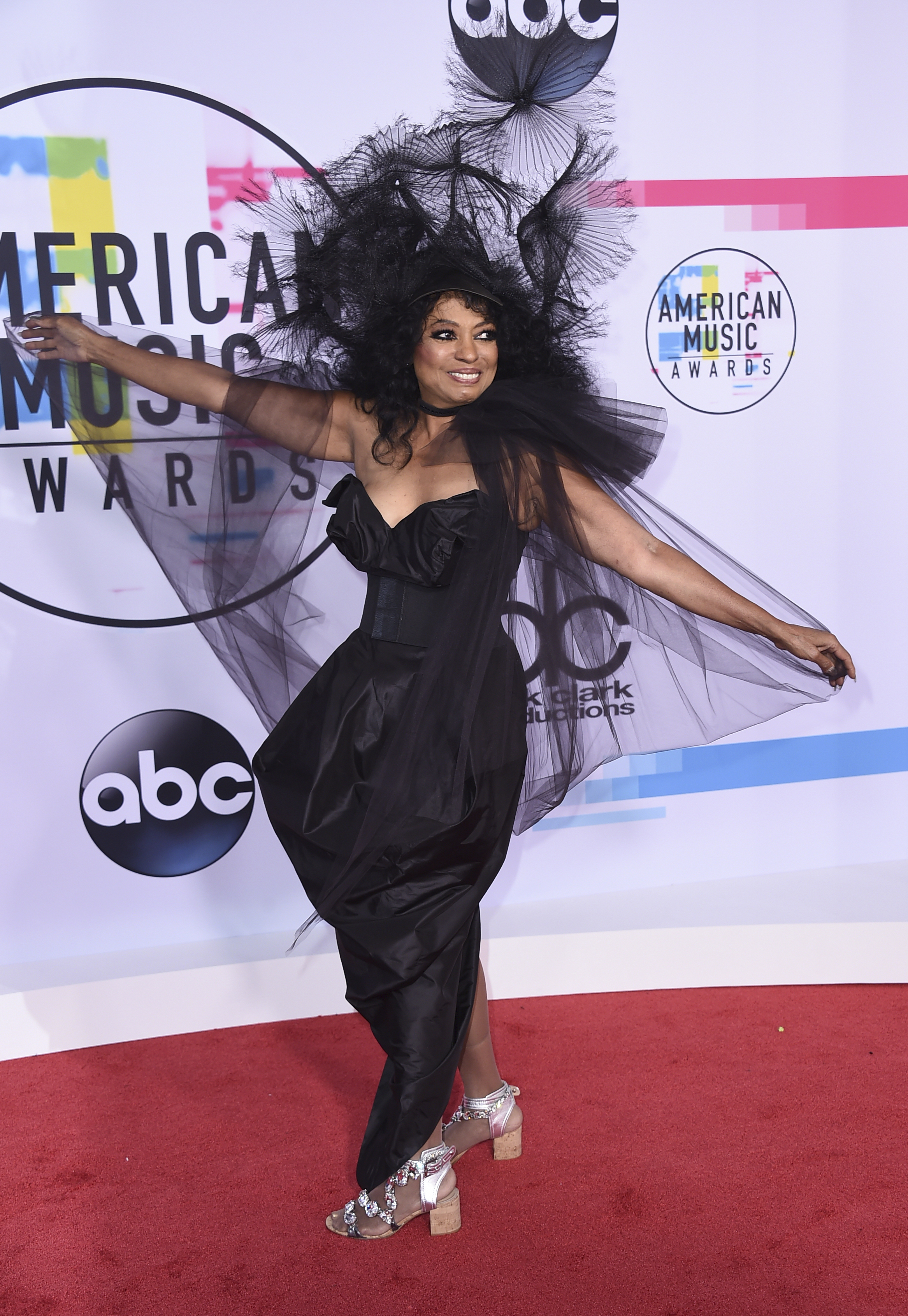 <div class='meta'><div class='origin-logo' data-origin='none'></div><span class='caption-text' data-credit='Jordan Strauss/Invision/AP'>Diana Ross arrives at the American Music Awards at the Microsoft Theater on Sunday, Nov. 19, 2017, in Los Angeles.</span></div>