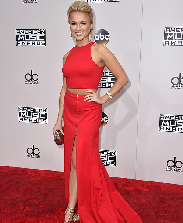 "<div class=""meta image-caption""><div class=""origin-logo origin-image none""><span>none</span></div><span class=""caption-text"">Janine Shields arrives at the American Music Awards at the Microsoft Theater on Sunday, Nov. 20, 2016, in Los Angeles. (Jordan Strauss/Invision/AP)</span></div>"