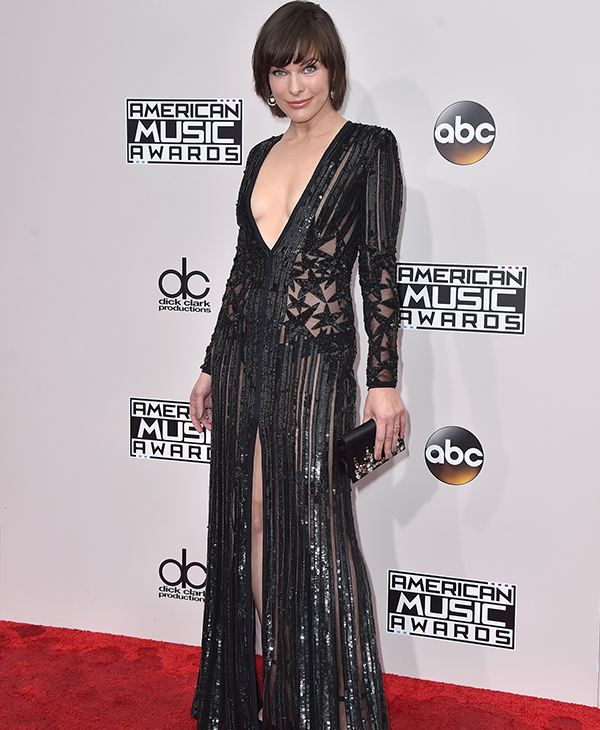 "<div class=""meta image-caption""><div class=""origin-logo origin-image none""><span>none</span></div><span class=""caption-text"">Milla Jovovich arrives at the American Music Awards at the Microsoft Theater on Sunday, Nov. 20, 2016, in Los Angeles. (Jordan Strauss/Invision/AP)</span></div>"