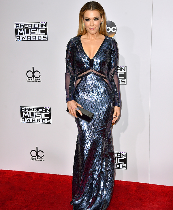 "<div class=""meta image-caption""><div class=""origin-logo origin-image none""><span>none</span></div><span class=""caption-text"">Rachel Platten arrives at the American Music Awards at the Microsoft Theater on Sunday, Nov. 20, 2016, in Los Angeles. (Jordan Strauss/Invision/AP)</span></div>"