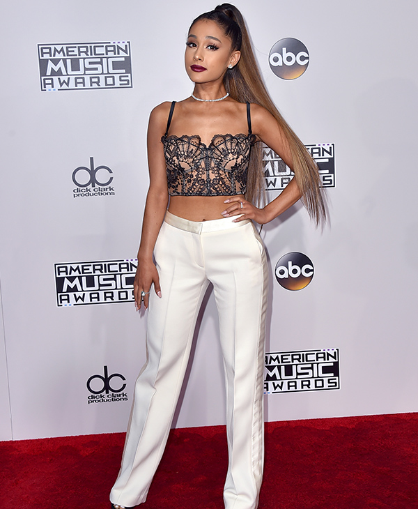 "<div class=""meta image-caption""><div class=""origin-logo origin-image none""><span>none</span></div><span class=""caption-text"">Ariana Grande arrives at the American Music Awards at the Microsoft Theater on Sunday, Nov. 20, 2016, in Los Angeles. (Jordan Strauss/Invision/AP)</span></div>"