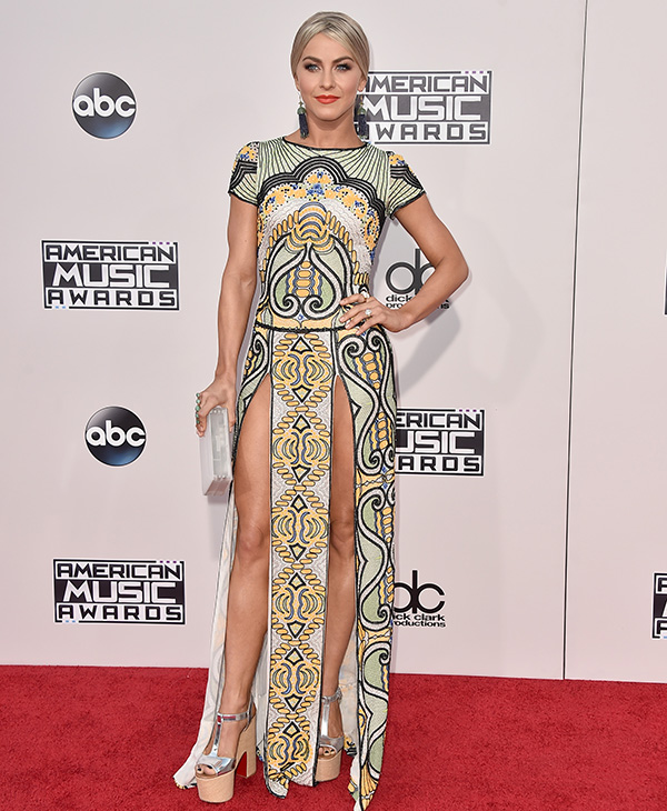 <div class='meta'><div class='origin-logo' data-origin='AP'></div><span class='caption-text' data-credit='Jordan Strauss/Invision/AP'>Julianne Hough arrives at the American Music Awards at the Microsoft Theater on Sunday, Nov. 22, 2015, in Los Angeles.</span></div>