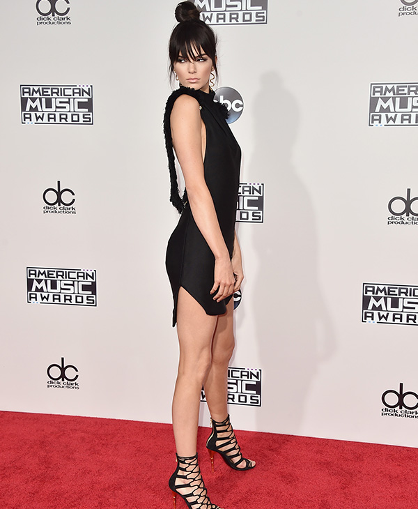 <div class='meta'><div class='origin-logo' data-origin='AP'></div><span class='caption-text' data-credit='Jordan Strauss/Invision/AP'>Kendall Jenner arrives at the American Music Awards at the Microsoft Theater on Sunday, Nov. 22, 2015, in Los Angeles.</span></div>