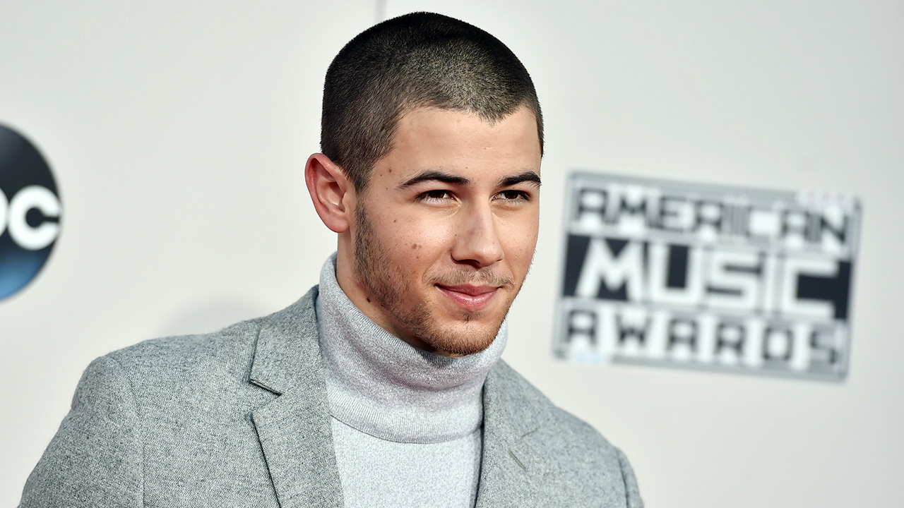 <div class='meta'><div class='origin-logo' data-origin='AP'></div><span class='caption-text' data-credit='Jordan Strauss/Invision/AP'>Nick Jonas arrives at the American Music Awards at the Microsoft Theater on Sunday, Nov. 22, 2015, in Los Angeles.</span></div>
