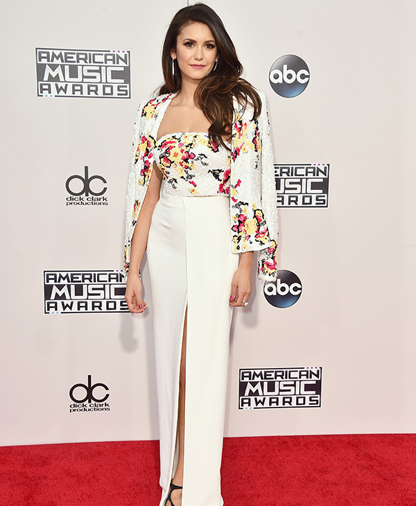 <div class='meta'><div class='origin-logo' data-origin='AP'></div><span class='caption-text' data-credit='Jordan Strauss/Invision/AP'>Nina Dobrev arrives at the American Music Awards at the Microsoft Theater on Sunday, Nov. 22, 2015, in Los Angeles.</span></div>