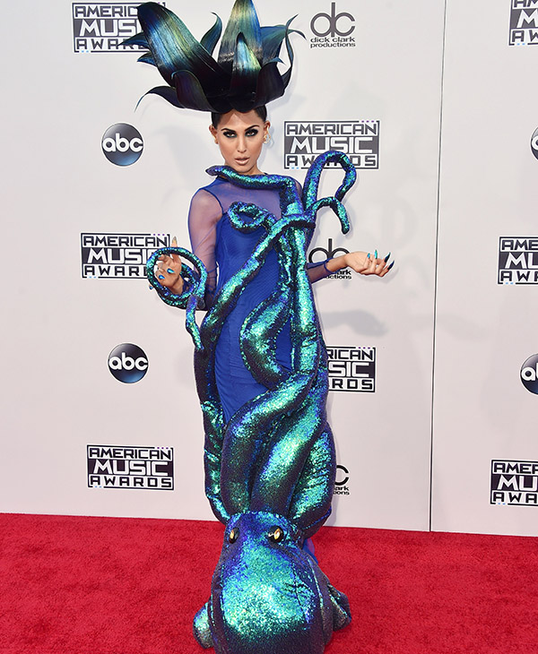 <div class='meta'><div class='origin-logo' data-origin='AP'></div><span class='caption-text' data-credit='Jordan Strauss/Invision/AP'>Z LaLa arrives at the American Music Awards at the Microsoft Theater on Sunday, Nov. 22, 2015, in Los Angeles.</span></div>