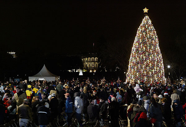 "<div class=""meta image-caption""><div class=""origin-logo origin-image none""><span>none</span></div><span class=""caption-text"">The National Christmas Tree is lit up, opening the annual Christmas Pageant of Peace Thursday, Dec 4, 2003. (Manuel Balce Ceneta/AP Photo)</span></div>"