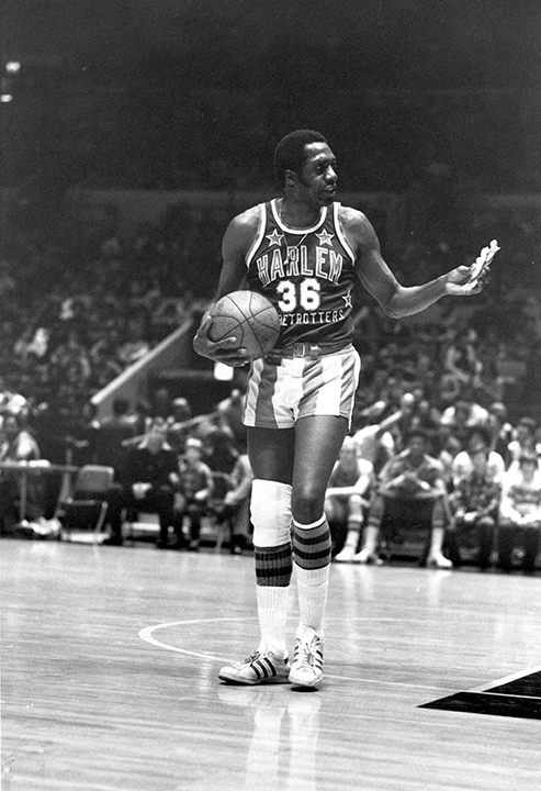 <div class='meta'><div class='origin-logo' data-origin='none'></div><span class='caption-text' data-credit='AP Photo/Suzanne Vlamis'>Longtime Harlem Globetrotter entertainer Meadowlark Lemon, one of only five players to have their jerseys retired, died Dec. 27, 2015. He was 83.</span></div>
