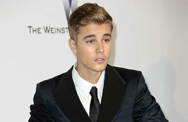 "<div class=""meta image-caption""><div class=""origin-logo origin-image ""><span></span></div><span class=""caption-text"">20. Justin Bieber (Photo/Joel Ryan)</span></div>"