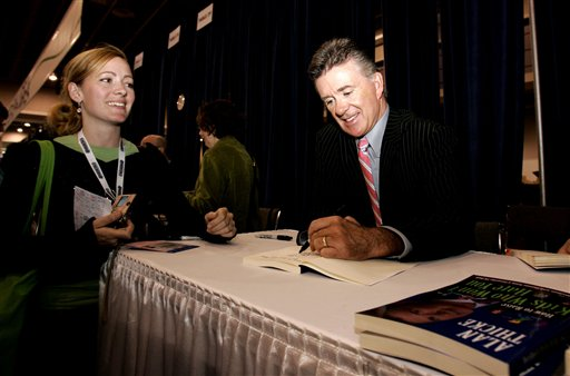 "<div class=""meta image-caption""><div class=""origin-logo origin-image ap""><span>AP</span></div><span class=""caption-text"">Actor Alan Thicke, right, signs his book ""How to Raise Kids that Don't Hate You"" for Jennifer Green of Westhampton Beach, N.Y., at the 2006 Book Expo. (AP Photo/Caleb Jones)</span></div>"