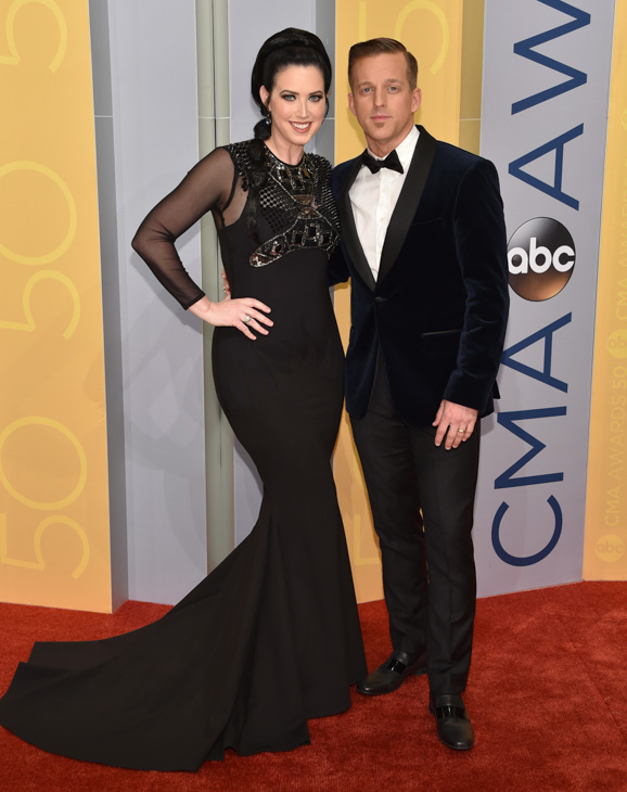"<div class=""meta image-caption""><div class=""origin-logo origin-image none""><span>none</span></div><span class=""caption-text"">Shawna Thompson, left, and Keifer Thompson, of Thompson Square, arrive at the 50th annual CMA Awards at the Bridgestone Arena on Wednesday, Nov. 2, 2016, in Nashville, Tenn. (Evan Agostini/Invision/AP)</span></div>"