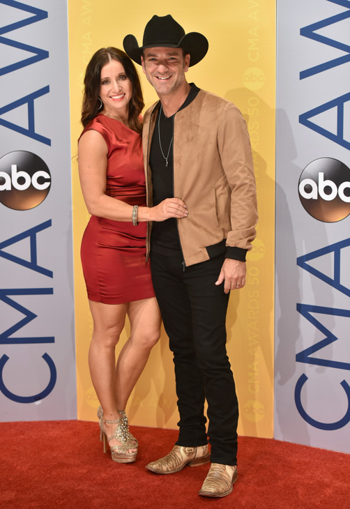 "<div class=""meta image-caption""><div class=""origin-logo origin-image none""><span>none</span></div><span class=""caption-text"">Craig Campbell, right, and Mindy Ellis Campbell arrive at the 50th annual CMA Awards at the Bridgestone Arena on Wednesday, Nov. 2, 2016, in Nashville, Tenn. (Evan Agostini/Invision/AP)</span></div>"