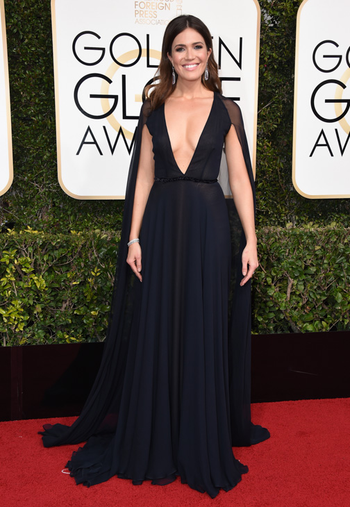 "<div class=""meta image-caption""><div class=""origin-logo origin-image none""><span>none</span></div><span class=""caption-text"">Mandy Moore arrives at the 74th annual Golden Globe Awards at the Beverly Hilton Hotel on Sunday, Jan. 8, 2017, in Beverly Hills, Calif. (Jordan Strauss/Invision/AP)</span></div>"