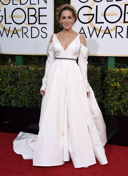 "<div class=""meta image-caption""><div class=""origin-logo origin-image none""><span>none</span></div><span class=""caption-text"">Sarah Jessica Parker arrives at the 74th annual Golden Globe Awards at the Beverly Hilton Hotel on Sunday, Jan. 8, 2017, in Beverly Hills, Calif. (Jordan Strauss/Invision/AP)</span></div>"