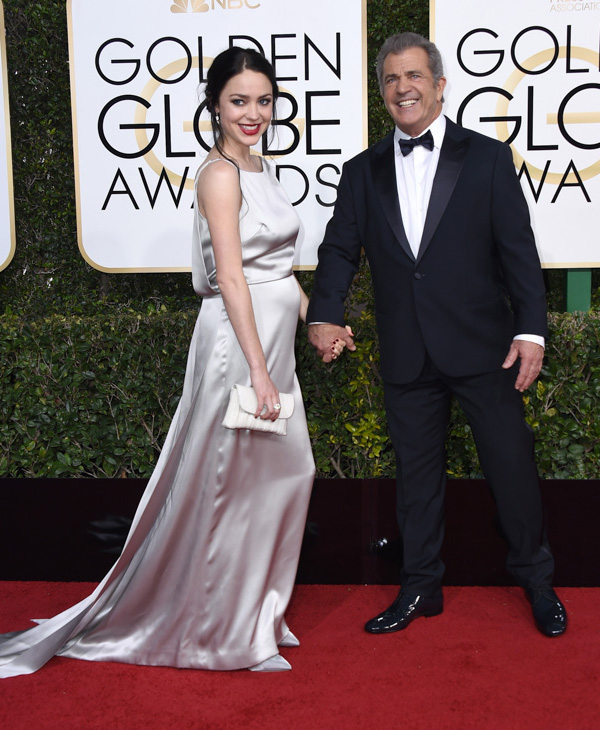 <div class='meta'><div class='origin-logo' data-origin='none'></div><span class='caption-text' data-credit='Jordan Strauss/Invision/AP'>Rosalind Ross, left, and Mel Gibson arrive at the 74th annual Golden Globe Awards at the Beverly Hilton Hotel on Sunday, Jan. 8, 2017, in Beverly Hills, Calif.</span></div>