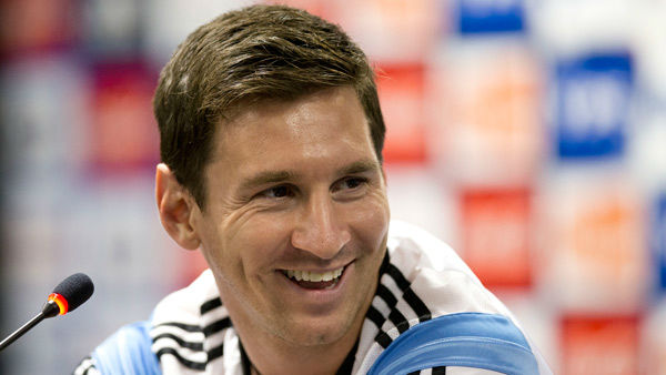 #2: Lionel Messi&#39;s total earnings equal &#36;64.7 million.  <span class=meta>(Photo&#47;Victor R. Caivano)</span>