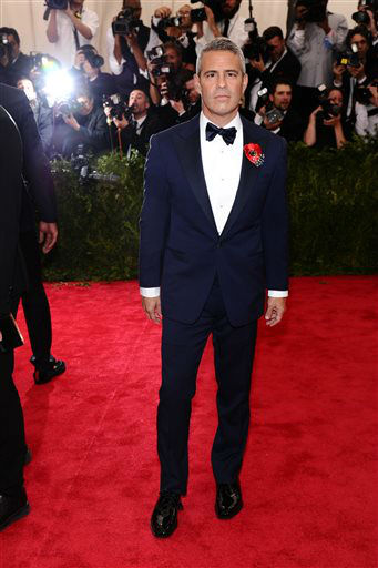 """<div class=""""meta image-caption""""><div class=""""origin-logo origin-image none""""><span>none</span></div><span class=""""caption-text"""">Andy Cohen arrives at The Metropolitan Museum of Art's Costume Institute benefit gala. (Photo by Charles Sykes/Invision/AP) (AP Photo/ Charles Sykes)</span></div>"""