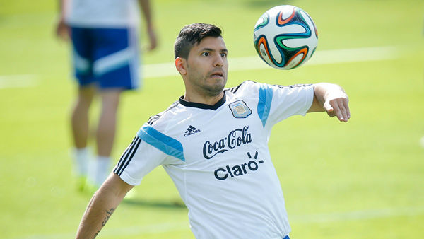#5: Sergio Aguero&#39;s total earnings equal &#36;23.3 million.  <span class=meta>(Photo&#47;Victor R. Caivano)</span>