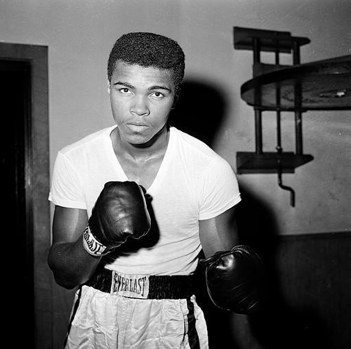 "<div class=""meta image-caption""><div class=""origin-logo origin-image none""><span>none</span></div><span class=""caption-text"">Young heavyweight fighter Cassius Clay is seen at City Parks Gym in New York, Feb. 8, 1962. (ASSOCIATED PRESS)</span></div>"