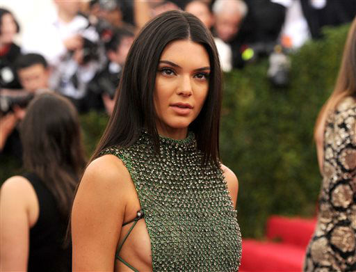 """<div class=""""meta image-caption""""><div class=""""origin-logo origin-image none""""><span>none</span></div><span class=""""caption-text"""">Kendall Jenner arrives at The Metropolitan Museum of Art's Costume Institute benefit gala. (Photo by Evan Agostini/Invision/AP) (AP Photo/ Evan Agostini)</span></div>"""