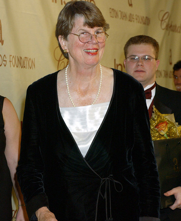 "<div class=""meta ""><span class=""caption-text "">Former Attorney General of the United States Janet Reno suffers from Parkinson's. (Chris Pizzello / AP)</span></div>"