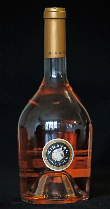 A wine from the couple&#39;s Chateau Miraval. <span class=meta>(Remy de la Mauviniere &#47; AP)</span>