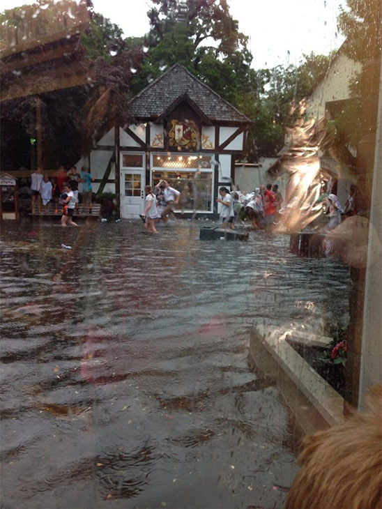 One woman said it flooded the gift shop she went into, to escape the flood! <span class=meta>(danielle0716 &#47; Twitter)</span>