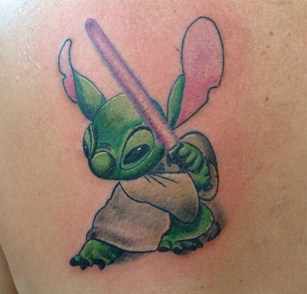 Yoda-inspired Stich. <span class=meta>(dctattoos83 &#47; Instagram)</span>
