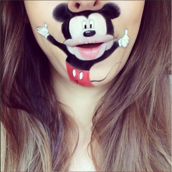 "<div class=""meta ""><span class=""caption-text "">Mickey Mouse</span></div>"