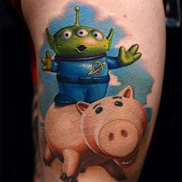 Ham and Alien. <span class=meta>disney_ink / Instagram</span>