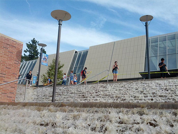 The waterfall in front of Pauley Pavilion. <span class=meta>(samhoff3 &#47; Twitter)</span>