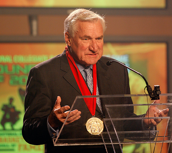 "<div class=""meta image-caption""><div class=""origin-logo origin-image none""><span>none</span></div><span class=""caption-text"">Dean Smith, the coaching innovator who won two national championships at North Carolina, an Olympic gold medal and induction into basketball's Hall of Fame, died Feb. 7, 2015. (AP Photo/Ed Zurga)</span></div>"