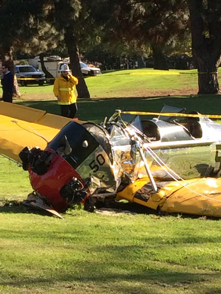 "<div class=""meta image-caption""><div class=""origin-logo origin-image kabc""><span>KABC</span></div><span class=""caption-text"">ABC7 viewer Mia Duncans captured this image of the damaged antique plane that actor Harrison Ford crashed during an emergency landing on Thursday, March 5, 2015. (Up close)</span></div>"