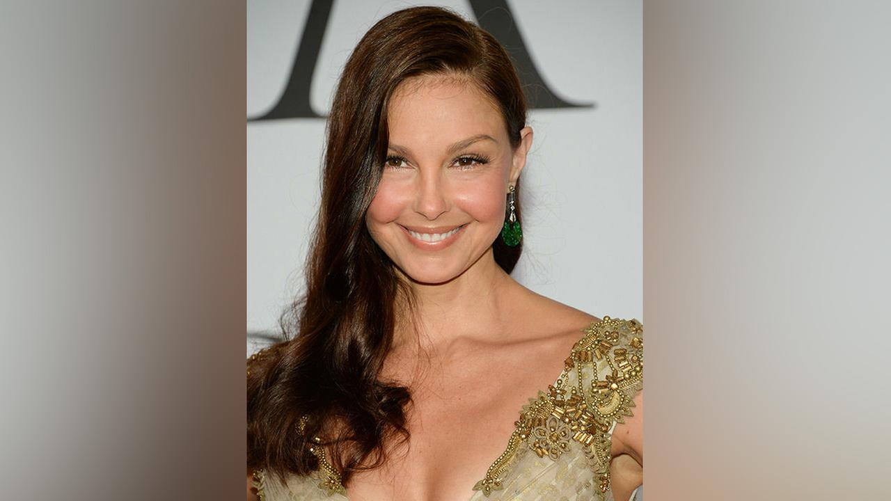 Ashley Judd arrives at the 2015 CFDA Fashion Awards at Alice Tully Hall on Monday, June 1, 2015, in New York.