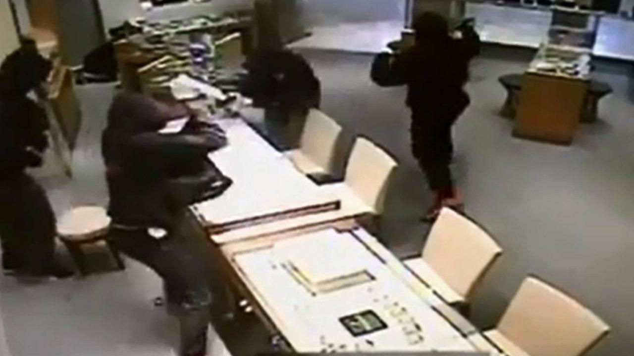 Millions in high end watches jewelry stolen from for Jewelry store mission viejo