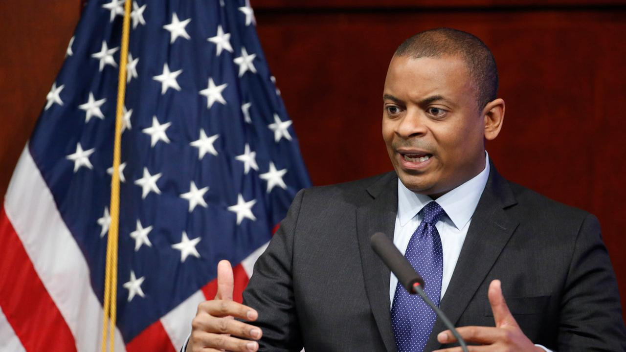 Transportation Secretary Anthony Foxx speaks during a news conference about Takata air bags, Tuesday, Nov. 3, 2015, at the Transportation Depatment in Washington.