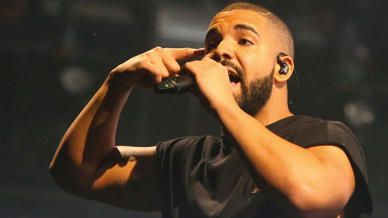 Drake performs at the Austin City Limits Music Festival in Zilker Park on Saturday, Oct. 3, 2015, in Austin, Texas.