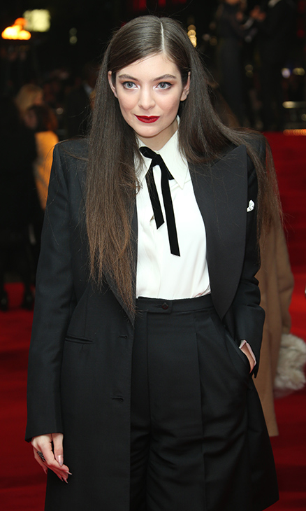 "<div class=""meta image-caption""><div class=""origin-logo origin-image ""><span></span></div><span class=""caption-text"">Lorde poses for photographers upon arrival to the world premiere of 'The Hunger Games: Mockingjay Part 1' in London, Monday, Nov. 10, 2014. (Joel Ryan/Invision/AP)</span></div>"