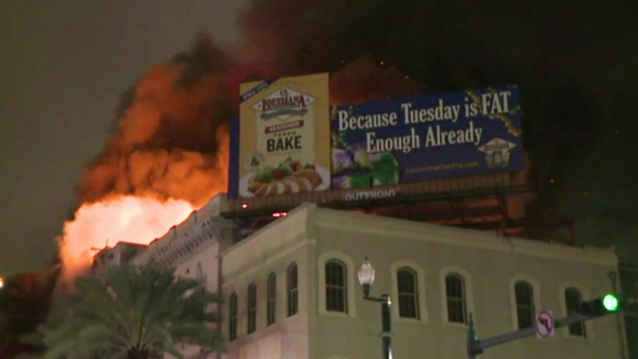 The New Orleans Fire Department responded to a fire at a commercial building on Canal Street in downtown Wednesday, Jan. 27, 2016.