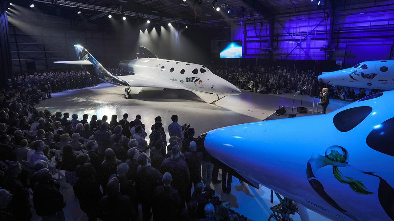 Virgin Galactics new SpaceShipTwo is designed to take tourists into space.