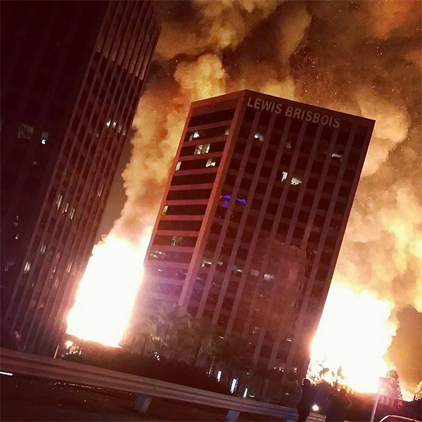 <div class='meta'><div class='origin-logo' data-origin='none'></div><span class='caption-text' data-credit='ABC7 viewer Mario Oliva'>ABC7 viewer Mario Oliva shared a photo of the fire in downtown Los Angeles on our Facebook page on Monday, Dec. 08, 2014.</span></div>