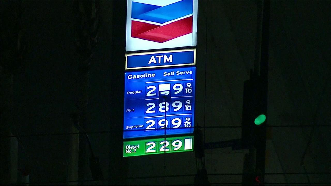 AIR7 HD captured the moment gas prices jumped 30 cents on Wednesday, Feb. 24, 2016.