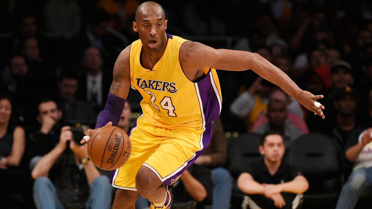 Los Angeles Lakers forward Kobe Bryant (24) in action during the first half of an NBA basketball game against the Memphis Grizzlies in Los Angeles, Tuesday, March 22, 2016.