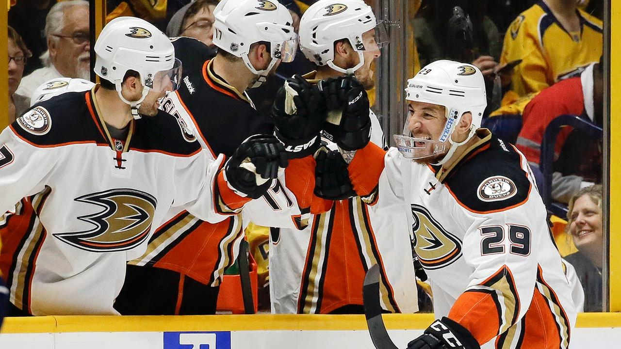 Anaheim Ducks right wing Chris Stewart (29) celebrates with teammates after scoring a goal against the Nashville Predators during the second period of Game 3 on April 19, 2016.