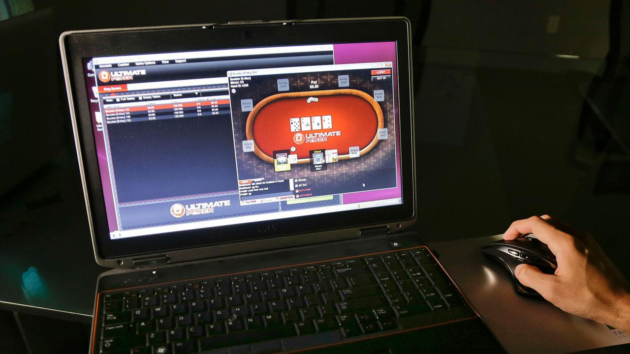 Lawmakers are advancing the first proposal that would legalize online poker in California.