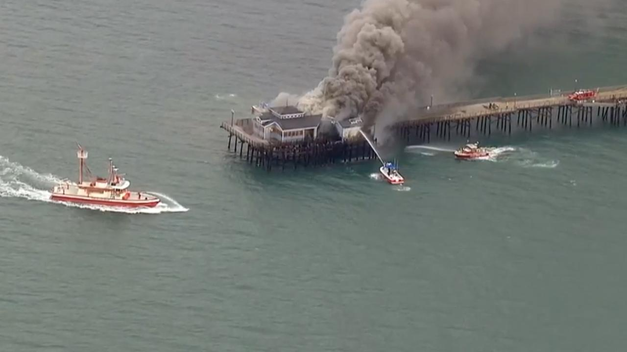 Seal Beach Pier damaged in fire that erupts in abandoned Ruby's Diner